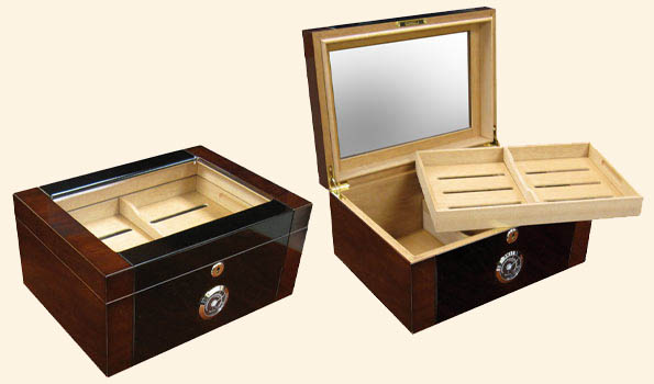 The Berkekey II  Glasstop Humidor...100 Ct.
